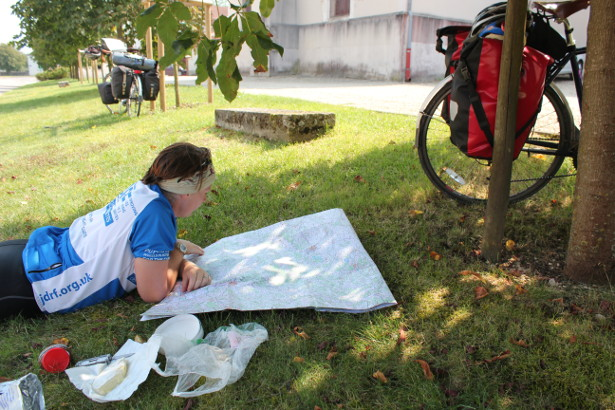 How To Plan An Expedition - Map reading in France