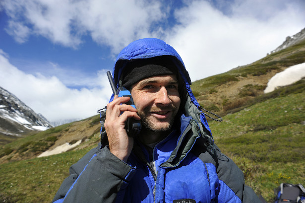 How To Plan An Expedition - Satphone in Siberia